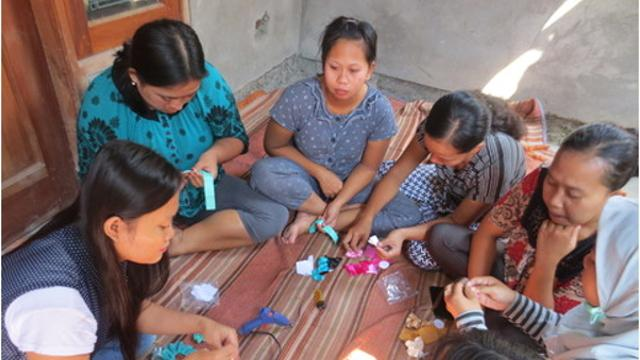 Digital Marketing Specialist to Empower Women Artisans in Indonesia's impact photo