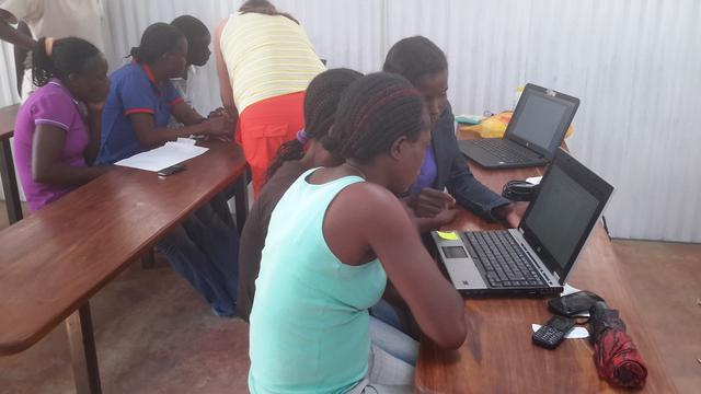 Computer / IT Expert to support a community in Namibia.'s project photo