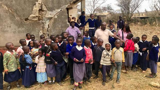 Fundraising Expert to  help in fundraising for education and healthcare projects in Enjoro Maasai Village 's project photo