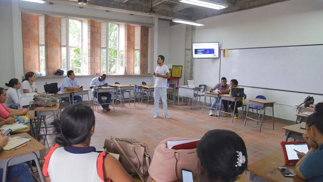 Business Strategy Experteer for Digital Education Resources in Colombia's activity photo