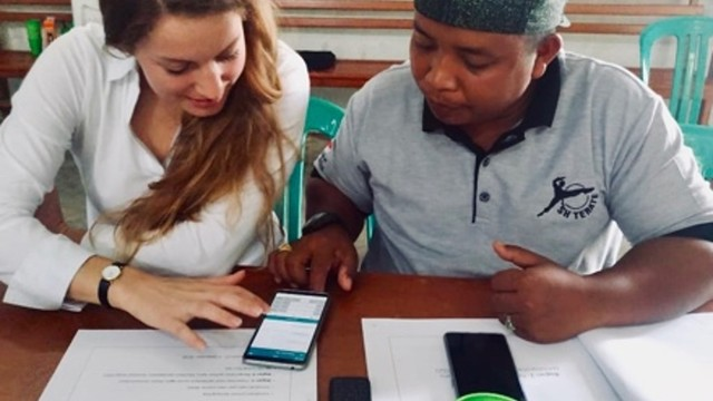 Learn social impact frameworks and use it for: bringing technology to informal economy